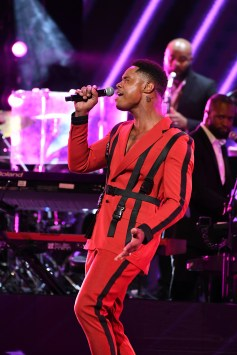 ATLANTA, GEORGIA - SEPTEMBER 05: Singer Avery Wilson performs onstage during 2019 Black Music Honors at Cobb Energy Performing Arts Centre on September 05, 2019 in Atlanta, Georgia. (Photo by Paras Griffin/Getty Images for Black Music Honors)