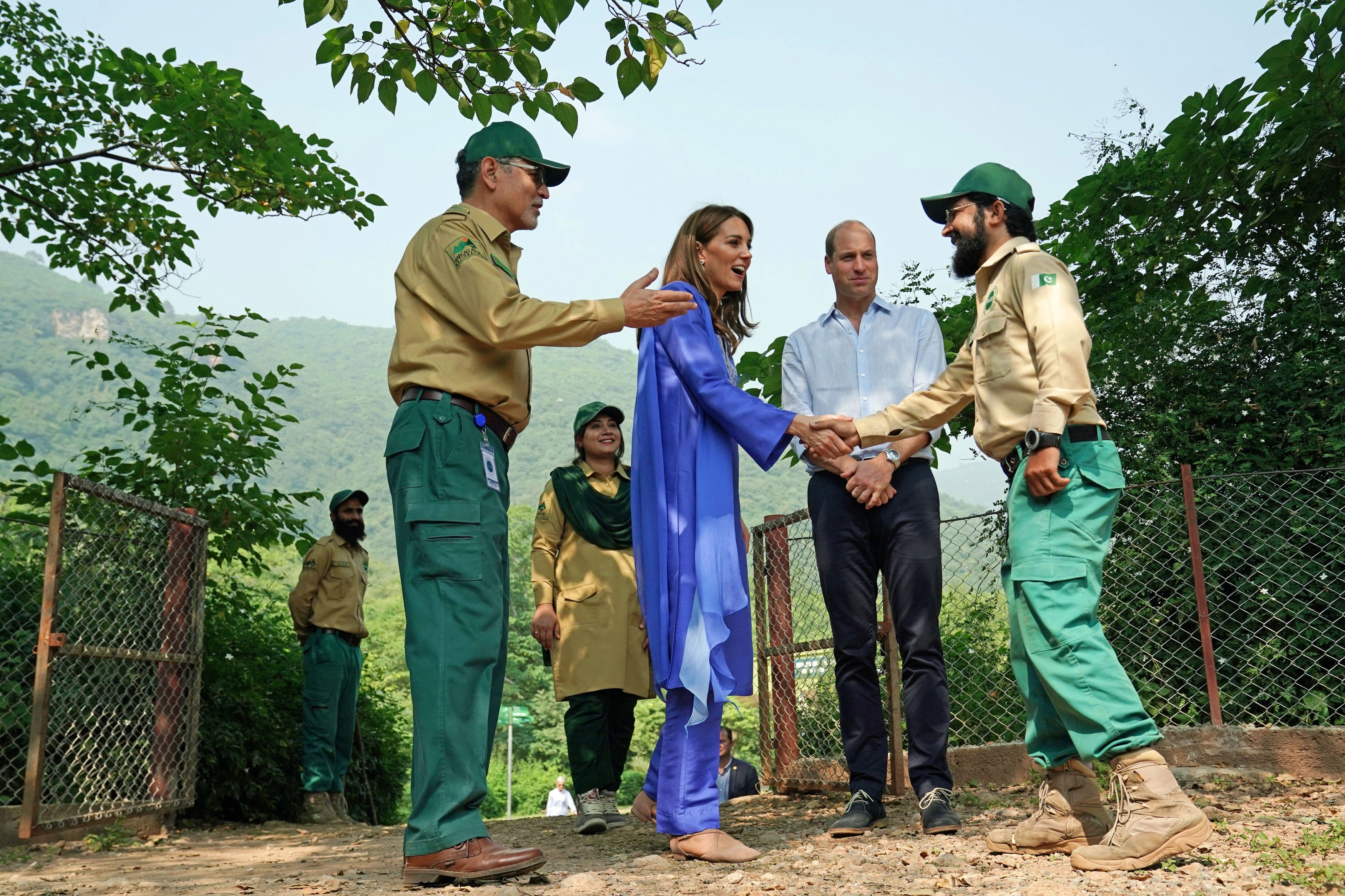 Kate meets park wardens during a visit to the Margalla Hills National Park