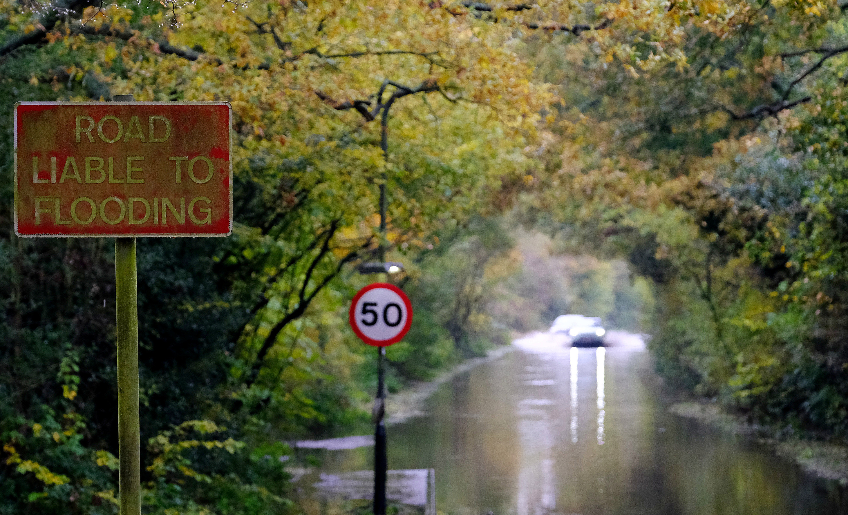 Cars would have been fortunate to be able to travel at 50mph near Coventry due to the floods