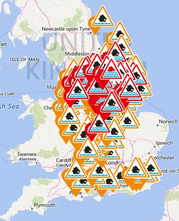 Flood warnings and alerts have been put in place across the UK as seen in this flood weather graphic