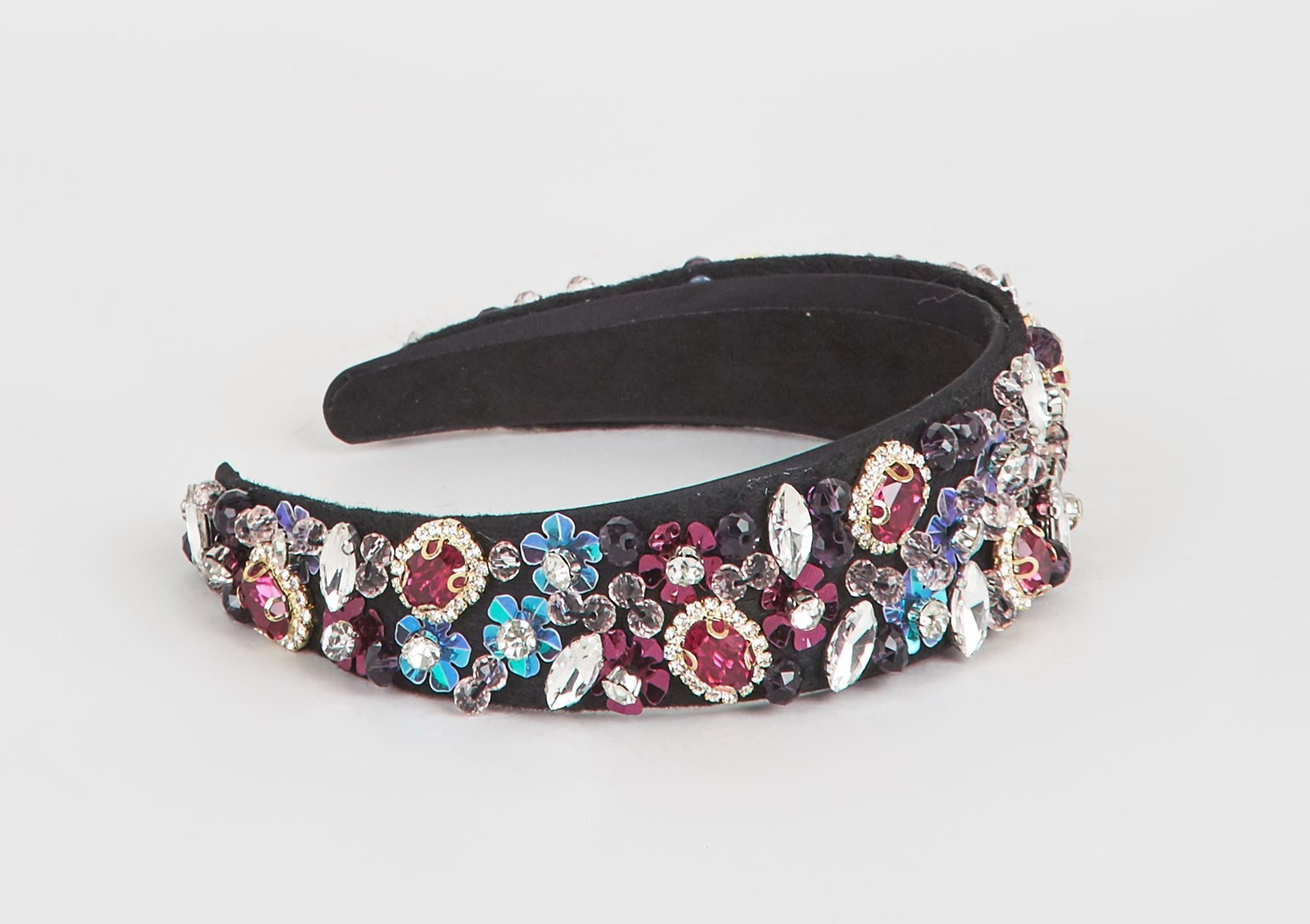 Stay on trend by sprucing up any outfit with a jewelled headband