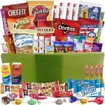 catered-cravings-gift-baskets-with-52-sweet-and-salty-snacks