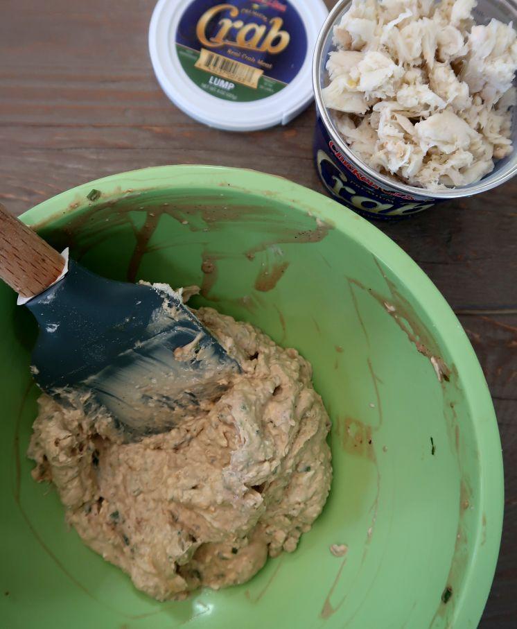 Crab rangoon pie popper filling
