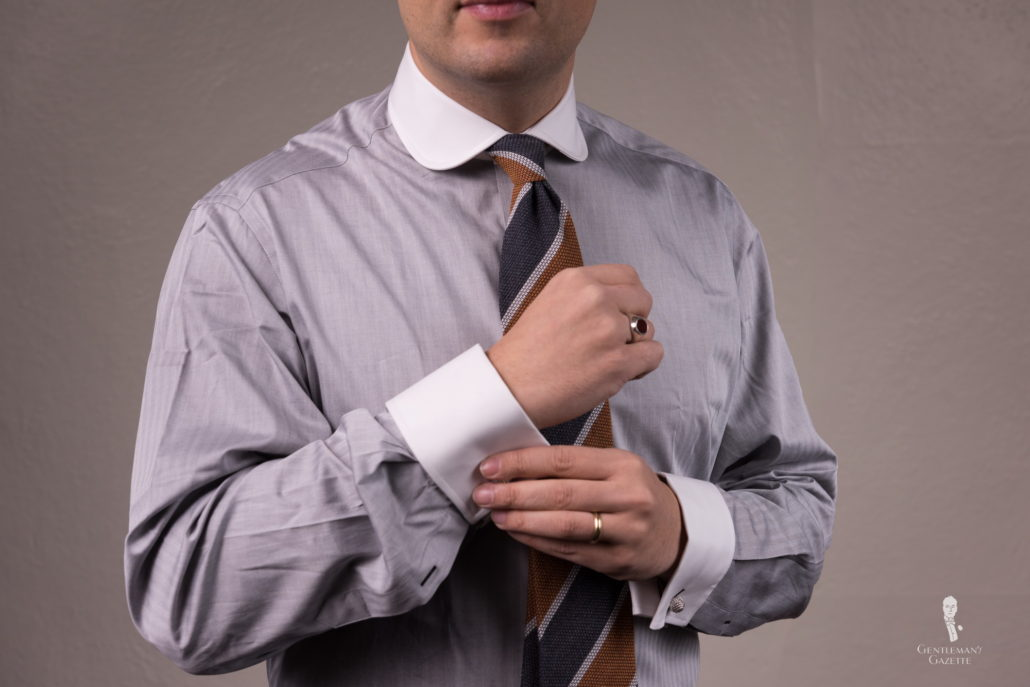 Shirt with contrast club collar and cuffs
