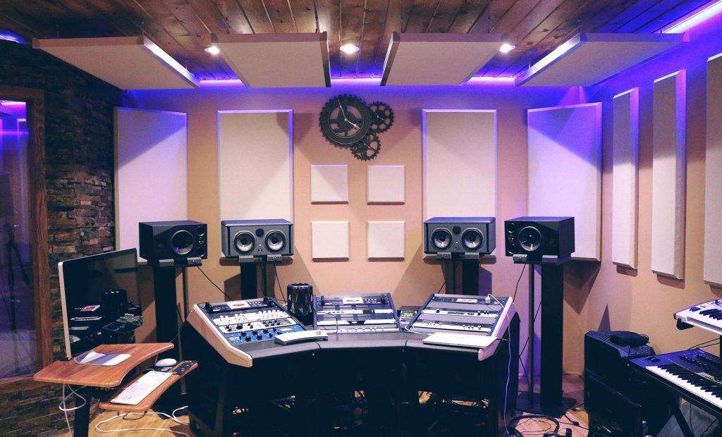 studio monitor stands or desktop