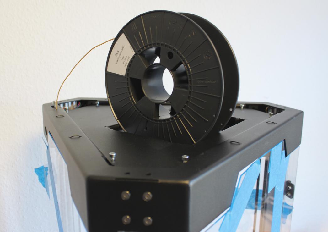 Filament spool fitted on Tripodmaker