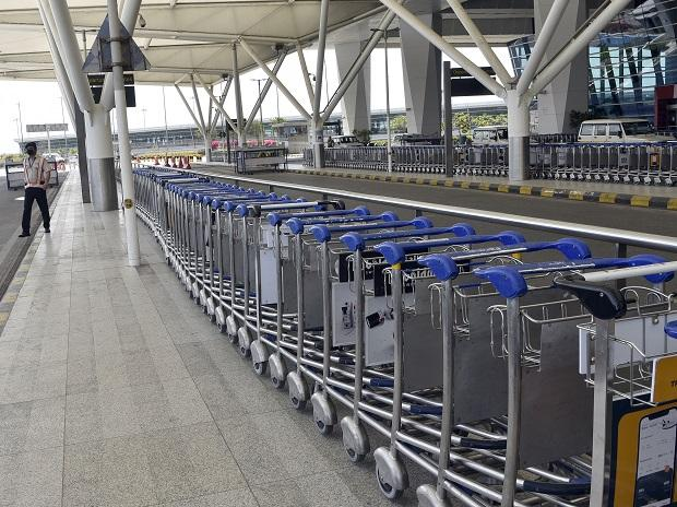 Temporary closure of land borders for international flights in order to limit the spread of the virus.
