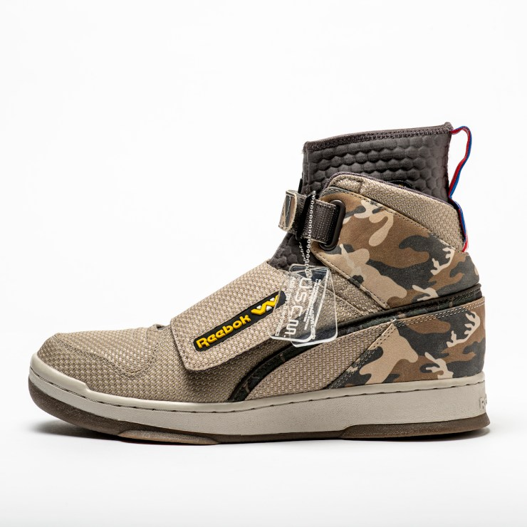 http://31.220.61.170/wp-content/uploads/2020/04/1587160870_297_Reebok-Reveals-Colonial-Marines-Themed-Alien-Day-Stompers-Gallery.jpeg