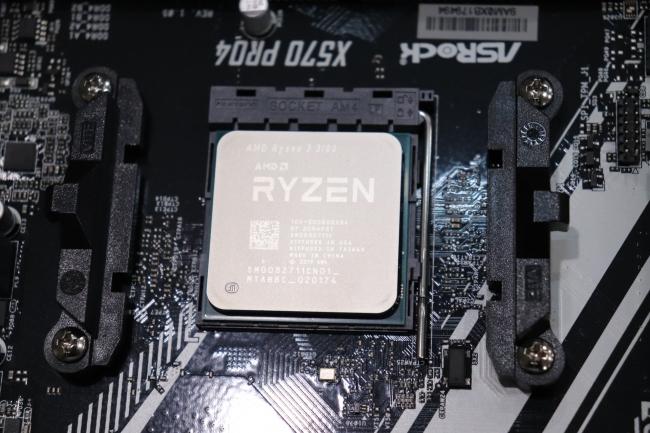 AMD Ryzen 3 3100 + Ryzen 3 3300X Great Budget Linux CPU Performance Review