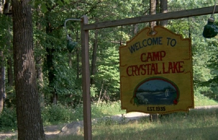 http://31.220.61.170/wp-content/uploads/2020/05/Welcome-to-Camp-Crystal-Lake- 'Friday 13' -Rotations-40.jpg