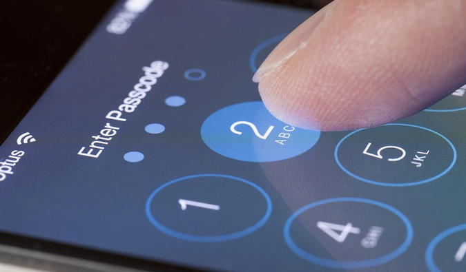 Increased focus on iOS Hacking Leads to Exploit Price Drop