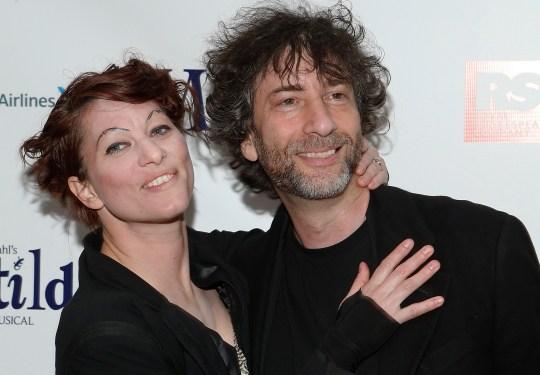 Singer Amanda Palmer and writer Neil Gayman on the red carpet...