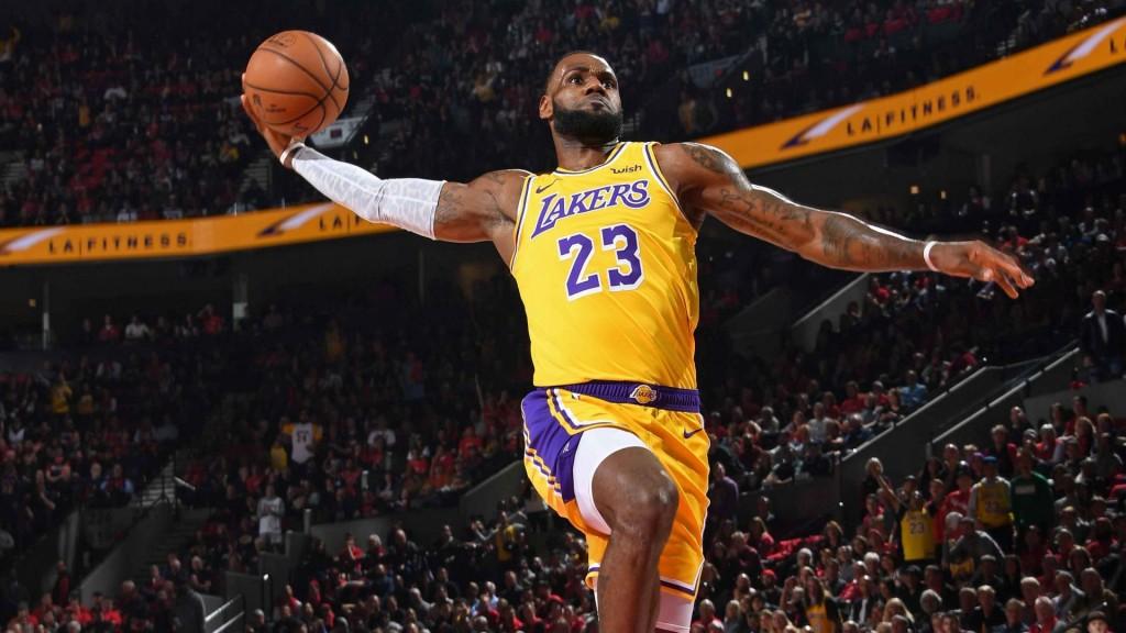 http://31.220.61.170/wp-content/uploads/2020/06/1591162789_902_Michael-Jordan's-Mentality-LeBron-James's-Athletic-.jpg
