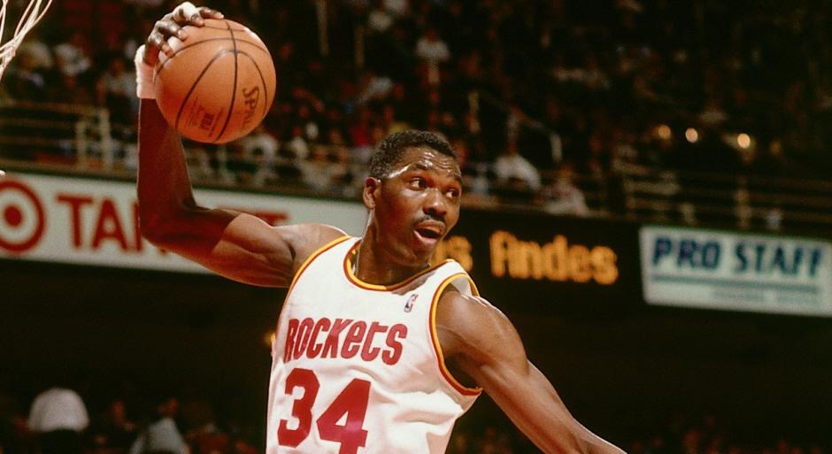 http://31.220.61.170/wp-content/uploads/2020/06/1591162791_939_Michael-Jordan's-Mentality-LeBron-James-Athleticism--.jpg