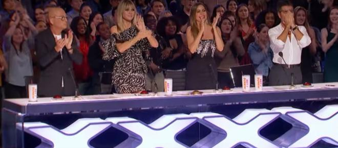 http://31.220.61.170/wp-content/uploads/2020/06/Simon-Cowell-goes-for-early- 'America's Got Talent'-golden-buzzer.jpg