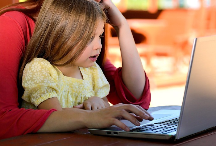Remote Learning Fighting with US Laptop Shortage