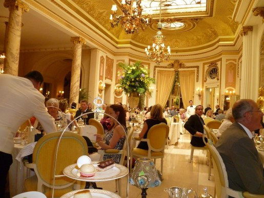 Ritz hotel diners were the victims of a sophisticated security affair.