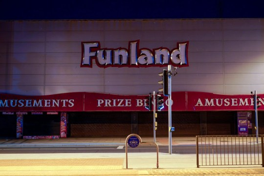 BLACKPOOL, ENGLAND - MAY 21: Entertainment venues, shops, fast food outlets and arcades remain shuttered and closed during the lockdown on May 20, 2020 in Blackpool, England. The UK has started to ease a lockdown it imposed two months ago to curb the spread of Covid-19, allowing people more time outdoors, and even visit the seaside, but many retail businesses remain shuttered. (Photo by Christopher Furlong/Getty Images)