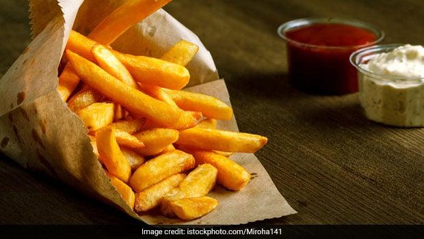 Food To Avoid For Liver: अगर आप भी खाते हैं ये 5 फूड्स, तो लीवर खराब होने के साथ हो सकती हैं ये बीमारियां!