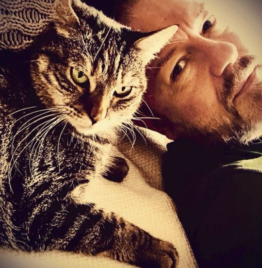 Ricky Gervais and his new pet cat Pickle