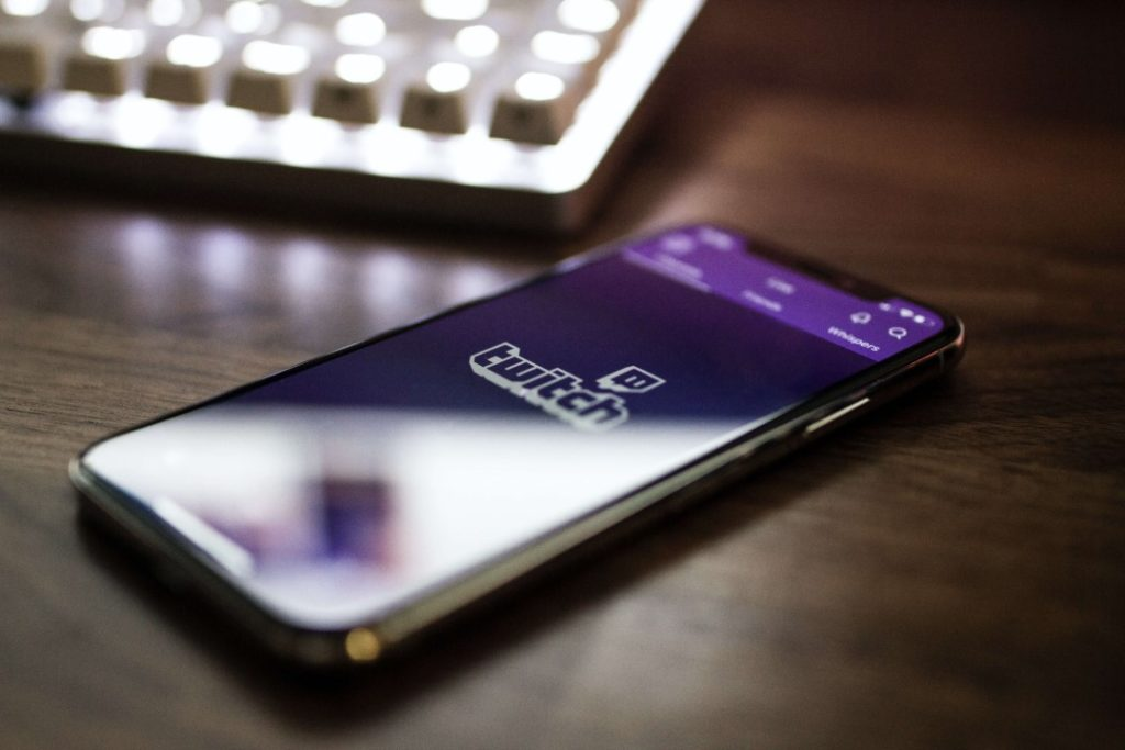 Tips for Attracting and Retaining a Bigger Viewership on Twitch