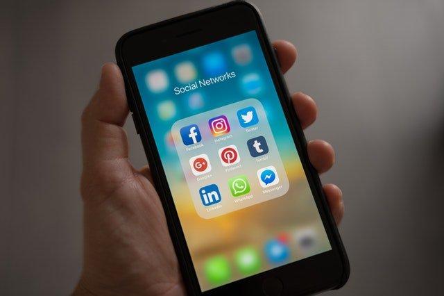 -wave on Facebook mobile