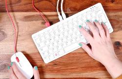 http://server.digimetriq.com/wp-content/uploads/2020/11/1604387892_698_Raspberry-Pi-400-AiO-PC-cranks-it-up-to-1.8GHz.jpg