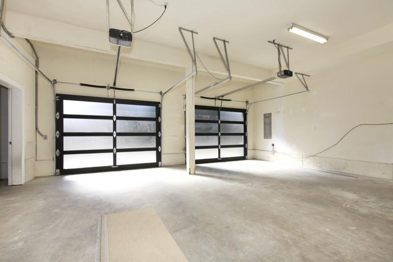 2 Garage