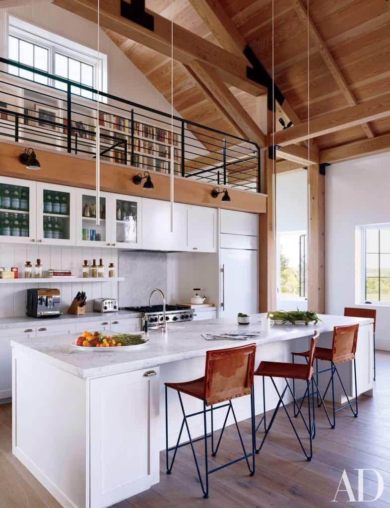 Bar White Kitchen (from architectdigest.com)