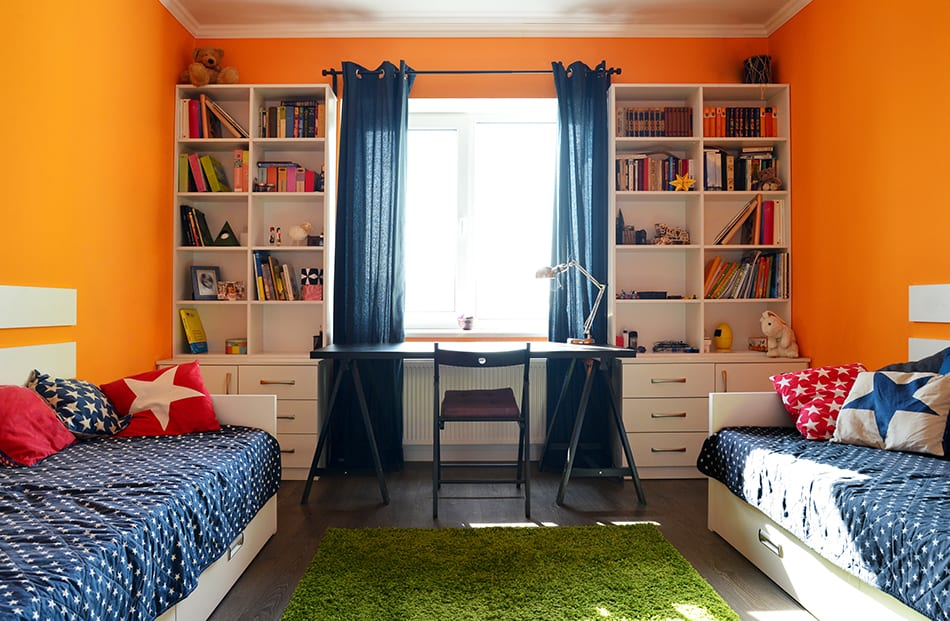 Bedroom in blue and orange