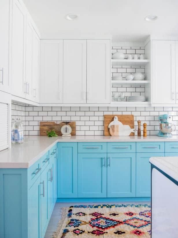 Blue Beach Cabinets (par. hgtv.com)
