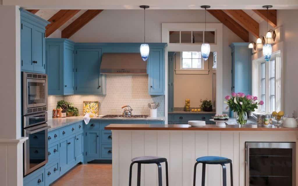 Blue Cabinets in a Hot Beach House (by elizabethswartzinteriors.com)