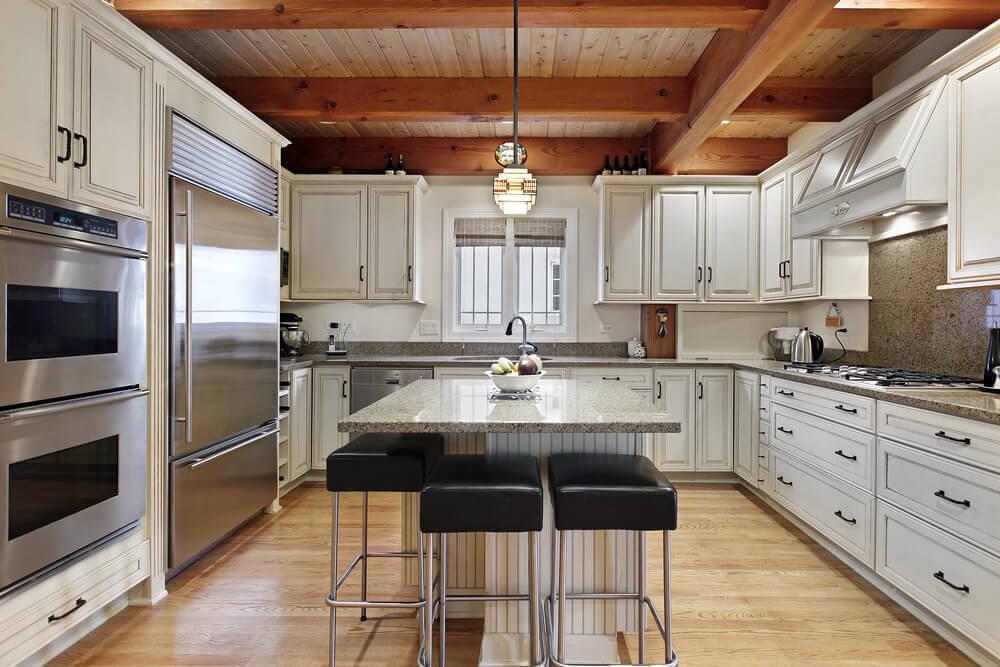 Clean, minimalistic kitchen design
