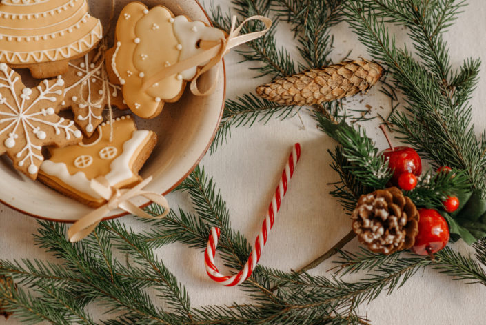 How the ornament became addicted to Christmas...