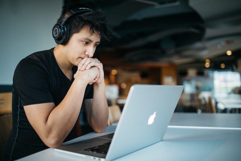 http://server.digimetriq.com/wp-content/uploads/2020/12/1608021372_506_Top-8-Tricks-on-How-to-Study-and-Understand-Statistics.jpg