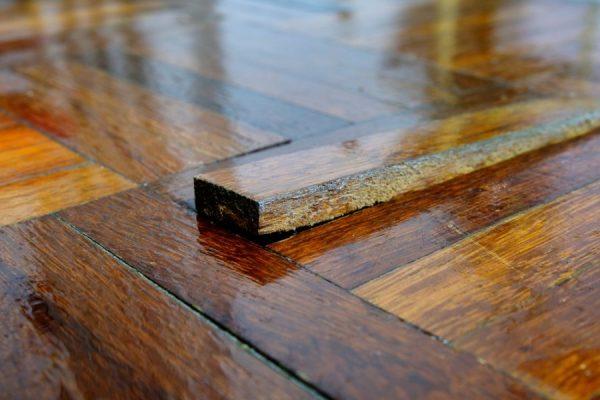 http://server.digimetriq.com/wp-content/uploads/2020/12/1608038526_645_How-to-Fix-Gaps-in-Hardwood-Floors-Here-are-6.jpg