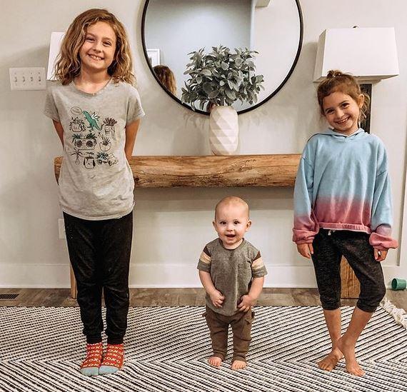 http://server.digimetriq.com/wp-content/uploads/2020/12/1608835624_135_Oakley-Bull-Wiki-Age-Net-Worth-Parents-Movies-Siblings-School.jpg