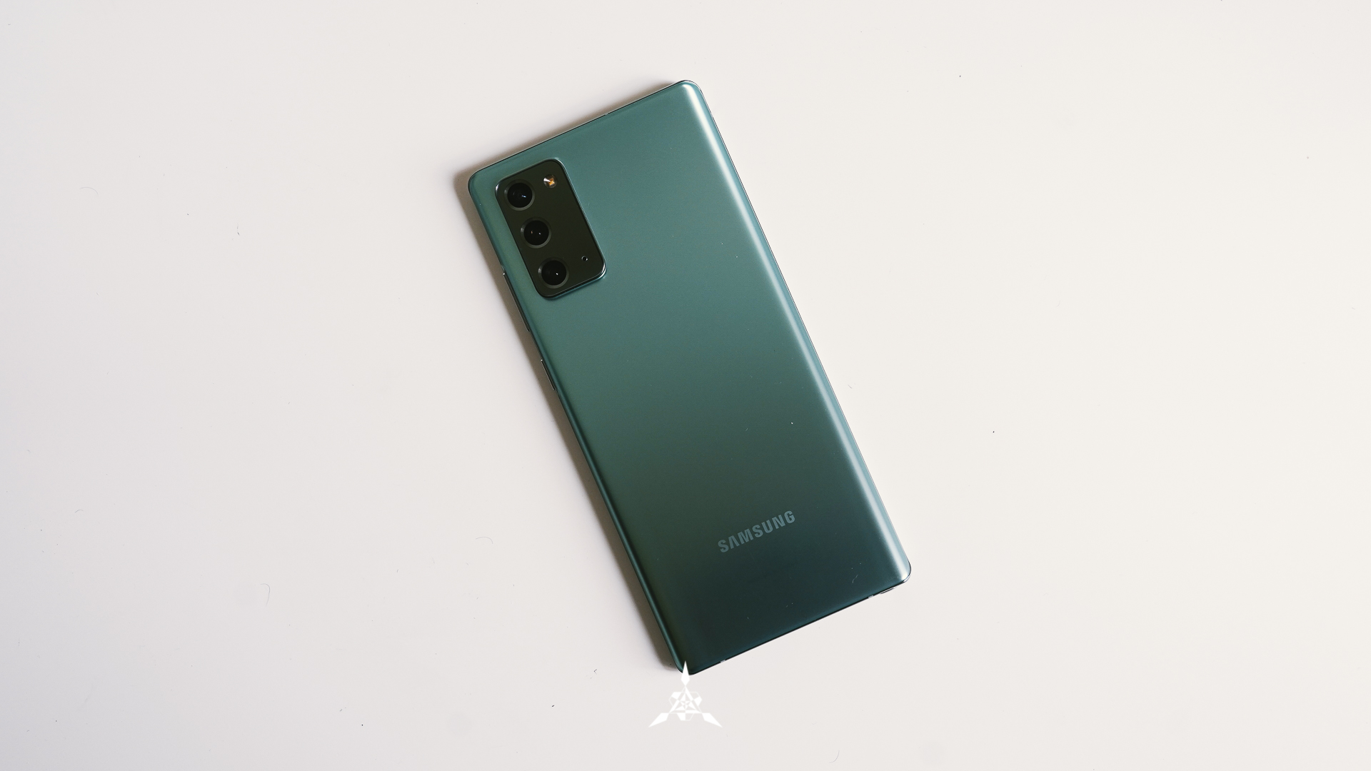 http://server.digimetriq.com/wp-content/uploads/2020/12/1607556491_887_Samsung-Galaxy-S20-FE-Review-We-Want-One.jpg