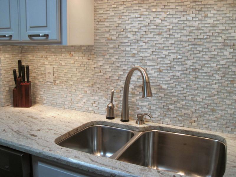 Kitchen backsplash in modern mosaic style