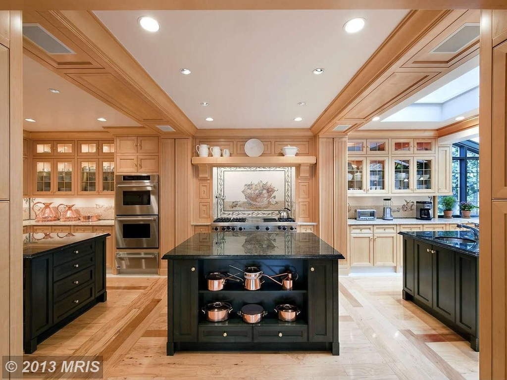 kitchen roof in traditional style