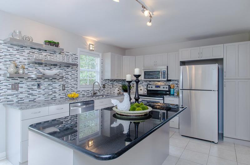 modern kitchen backsplash made of prairie clay mosaic