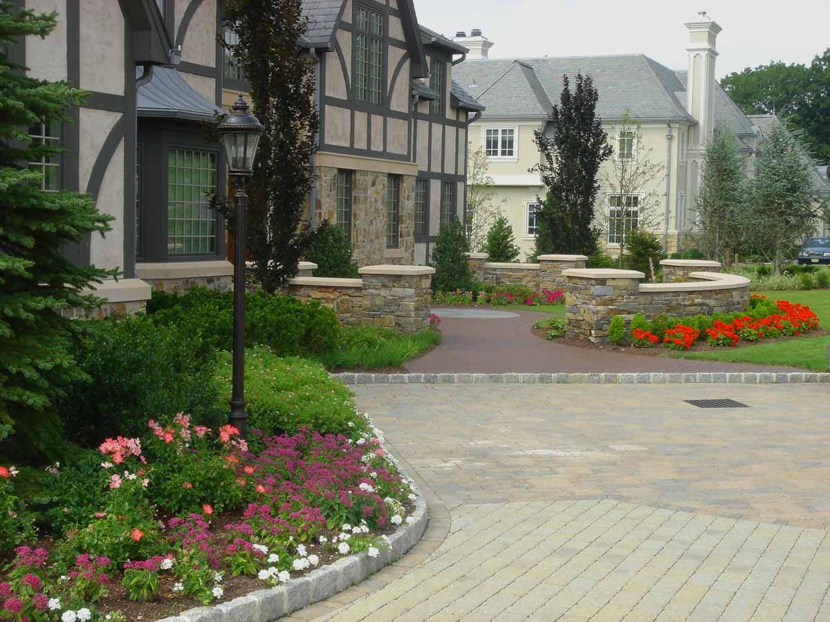 the elegant design of the front garden