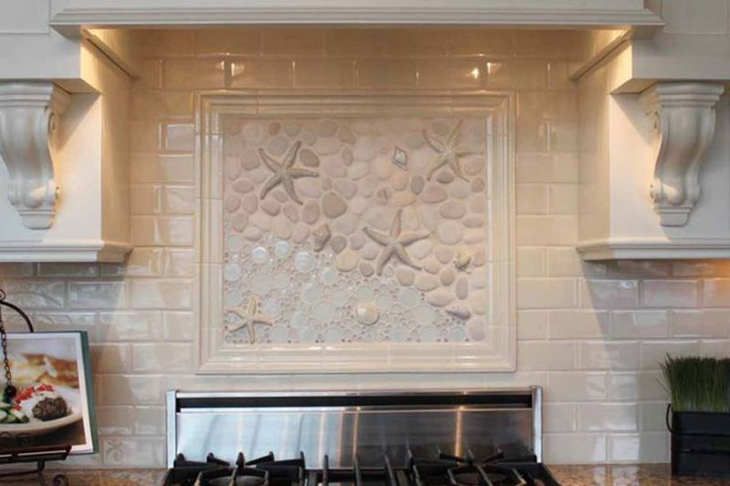 The kitchen is sprinkled with sea motifs