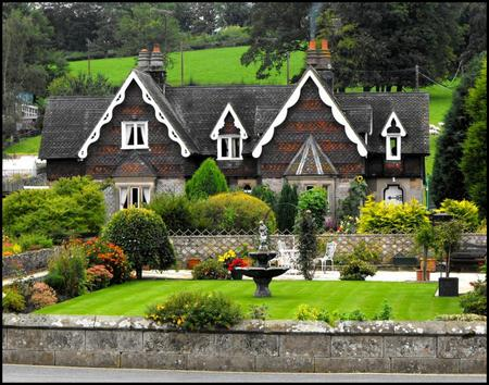 The luxurious backyard