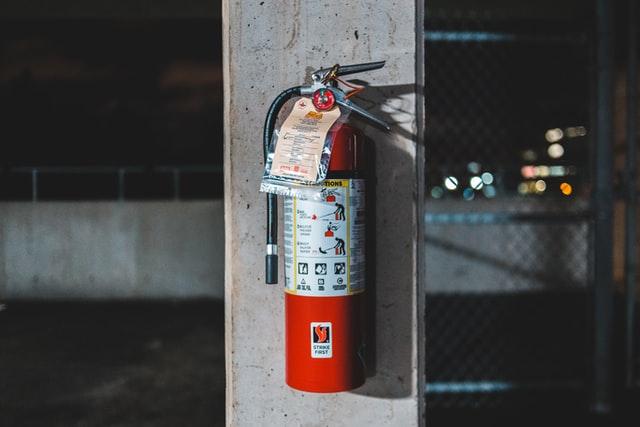 http://server.digimetriq.com/wp-content/uploads/2021/01/1610498533_45_10-Essential-Fire-Survival-Tips.jpg