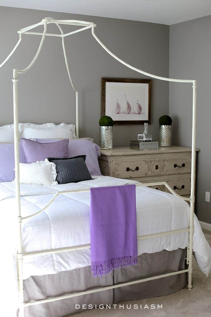 http://server.digimetriq.com/wp-content/uploads/2021/01/1609685349_319_20-Amazing-Purple-Bedroom-Ideas.jpg