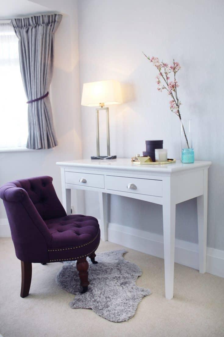 http://server.digimetriq.com/wp-content/uploads/2021/01/1609685350_90_20-Amazing-Purple-Bedroom-Ideas.jpg