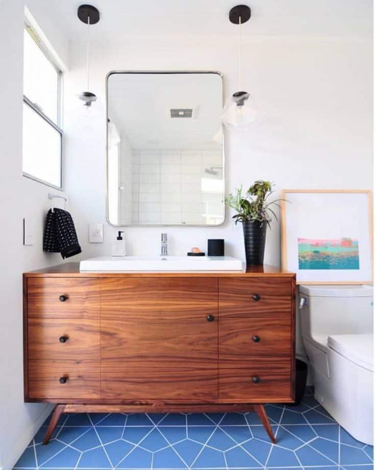 http://server.digimetriq.com/wp-content/uploads/2020/12/1609423512_806_20-Mid-century-Modern-Bathroom-Ideas-Simple-but-Beautiful.jpg