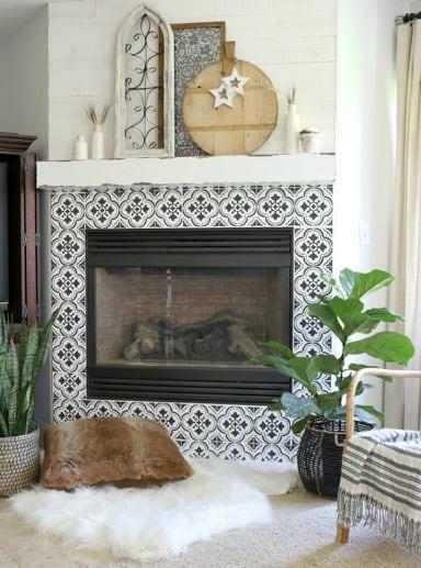 http://server.digimetriq.com/wp-content/uploads/2021/01/1609769415_848_20-Easy-Fireplace-Tile-Ideas-to-Remodel-Living-Room.jpg