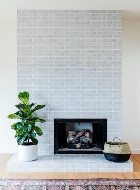 http://server.digimetriq.com/wp-content/uploads/2021/01/1609769417_32_20-Easy-Fireplace-Tile-Ideas-to-Remodel-Living-Room.jpg